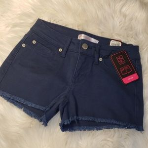NWT navy blue frayed edge short size 3